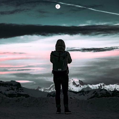 Capucine MeroMero Backpack Moon Down Jacket