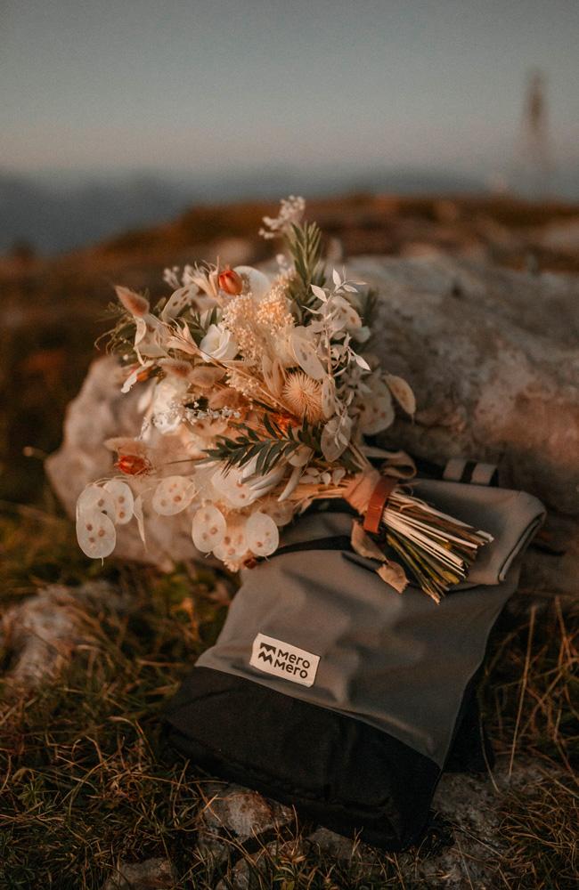 Salome Photographies Elopement au Parmelan Mini-Squamish MeroMero
